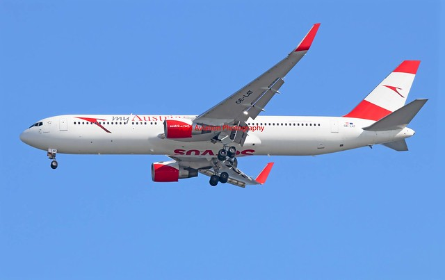 Austrian Airlines Boeing 767-31A(ER) OE-LAT