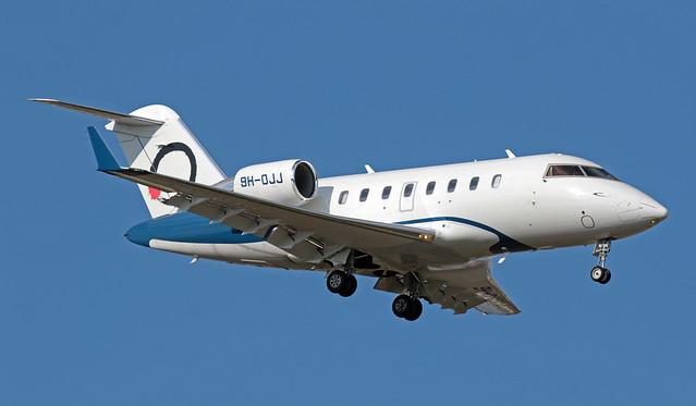9H-OJJ LMML 21-10-2019 Elit'Avia Bombardier CL-600-2B16 Challenger 650CN 6076
