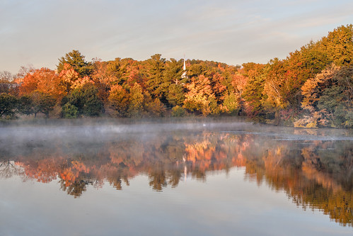 dawn sunrise worcester massachusetts institutepark park pond salisburypond foliage steeple autumn fall color fallcolor water reflection mist fog trees nikon nikkor d500 nikond500