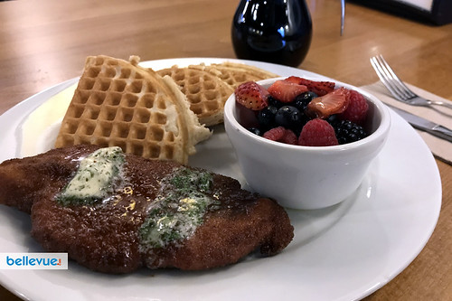 Chicken and waffles in Bellevue | Bellevue.com