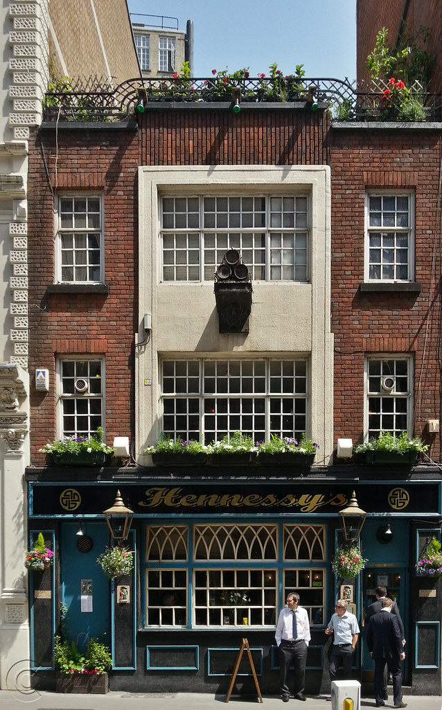 Frontage  of Hennessy's Bar, Jewry Street, London, EC3