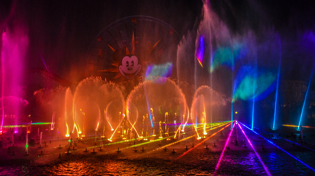 World of Color lasers DCA