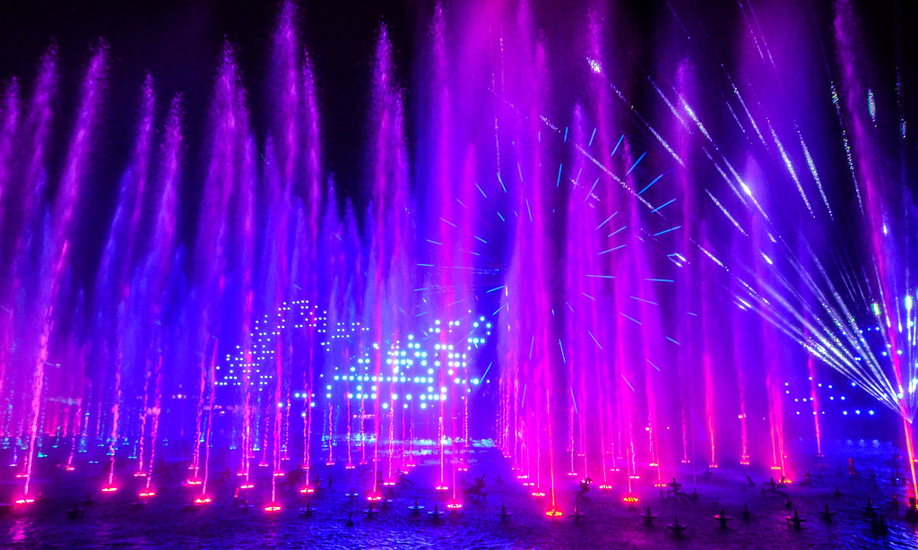 World of Color finale DCA