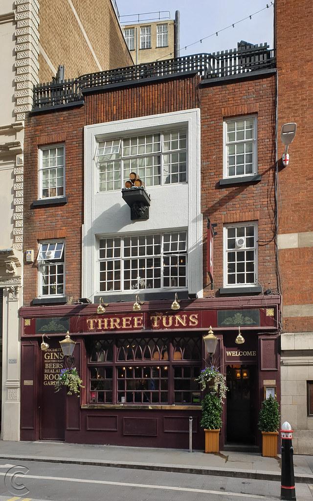 The Three Tuns pub