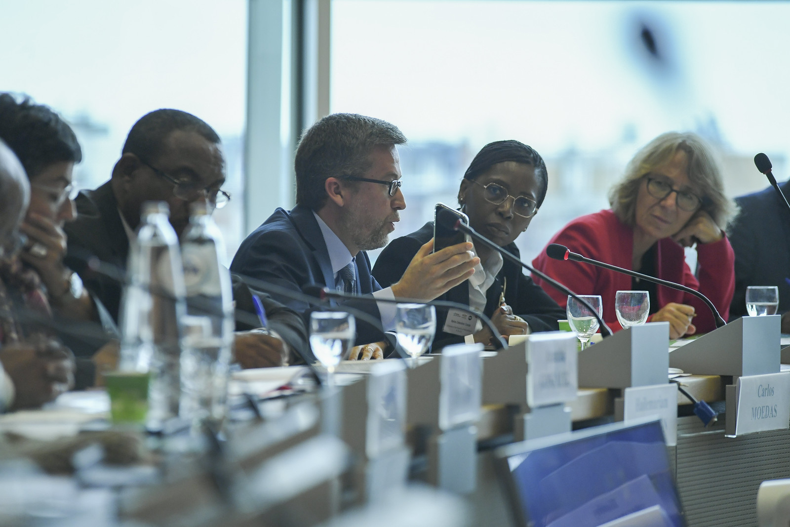 Africa's digital revolution: towards an EU-Africa digital partnership