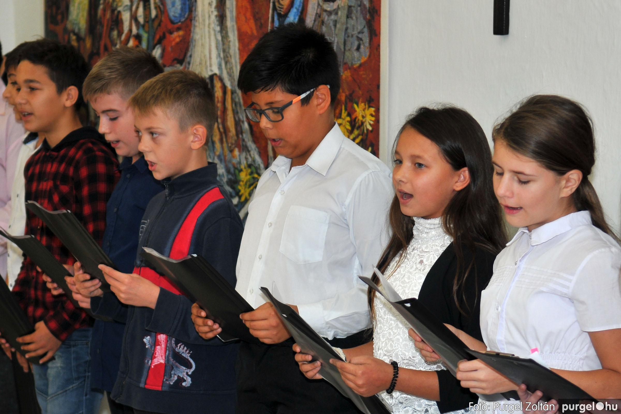 2019.10.22. 032 Idősek Világnapja rendezvény a Katolikus Körben - Fotó:PURGEL ZOLTÁN© D3K_8302q.jpg