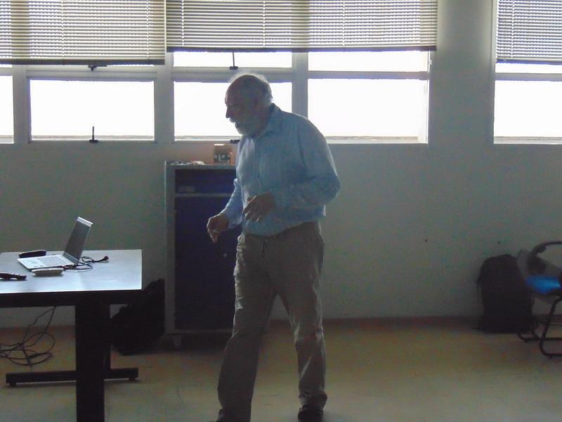 Pukhov Minicourse on Dark Matter Physics with MicrOMEGAs