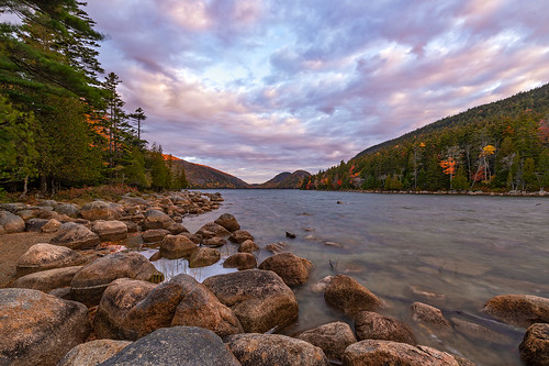 jordan pond acadia national park maine lake water rocks trees fall autumn colors foilage clouds sky nature landscape sunrise light color nikon dslr photography travel explore adventure outside beach blue tree green art sun old orange red new