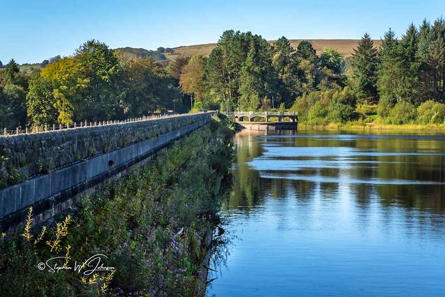 SJ2_2056 - The dam wall at Wayoh Reservoir, Edgworth