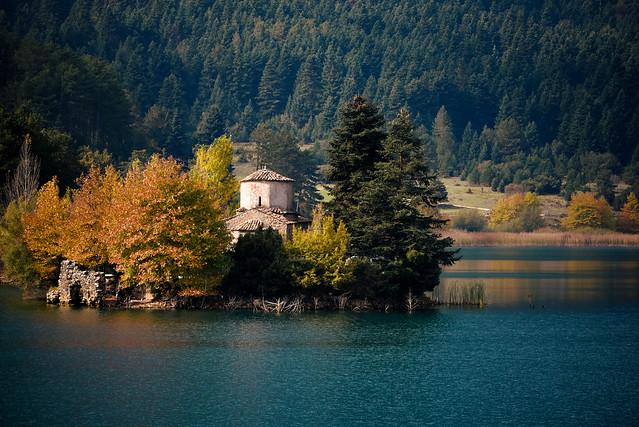 Doxa lake - St. Fanourios