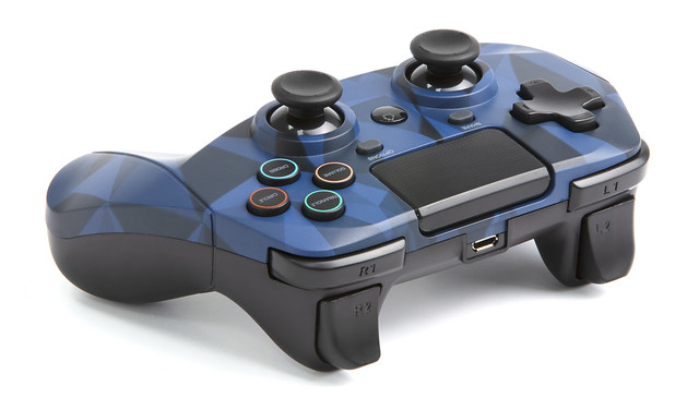 SB912726 snakebyte PS4 GamePad 4 S wireless (camo blue) (7) (1)