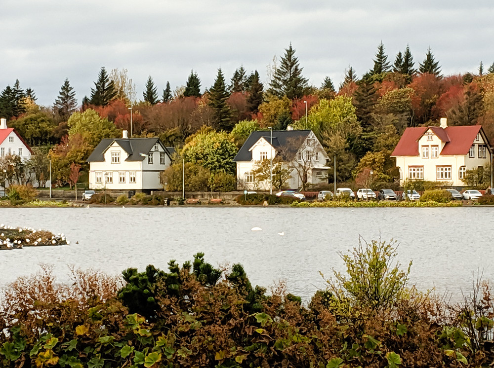 Iceland LR 6