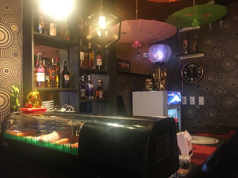 Hashi Donburi, Tomas Morato