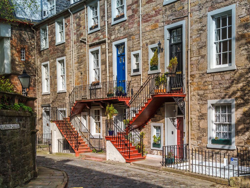 Colors of Edinburgh