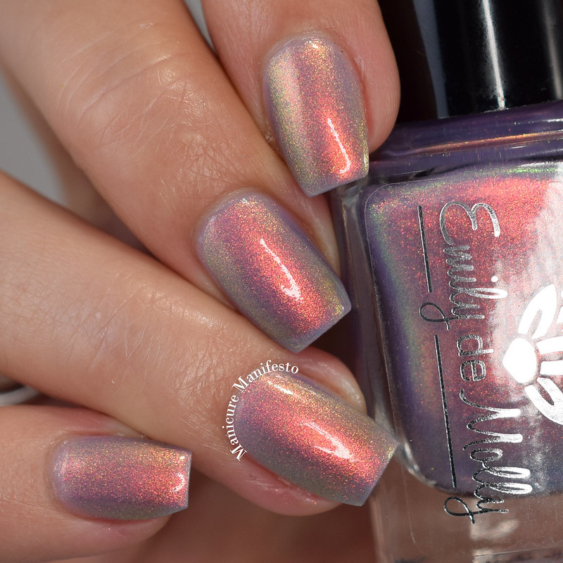 Emily De Molly Light The Way swatch