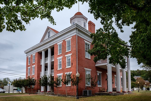 Roane County, Tennessee Courthouse - 1856.