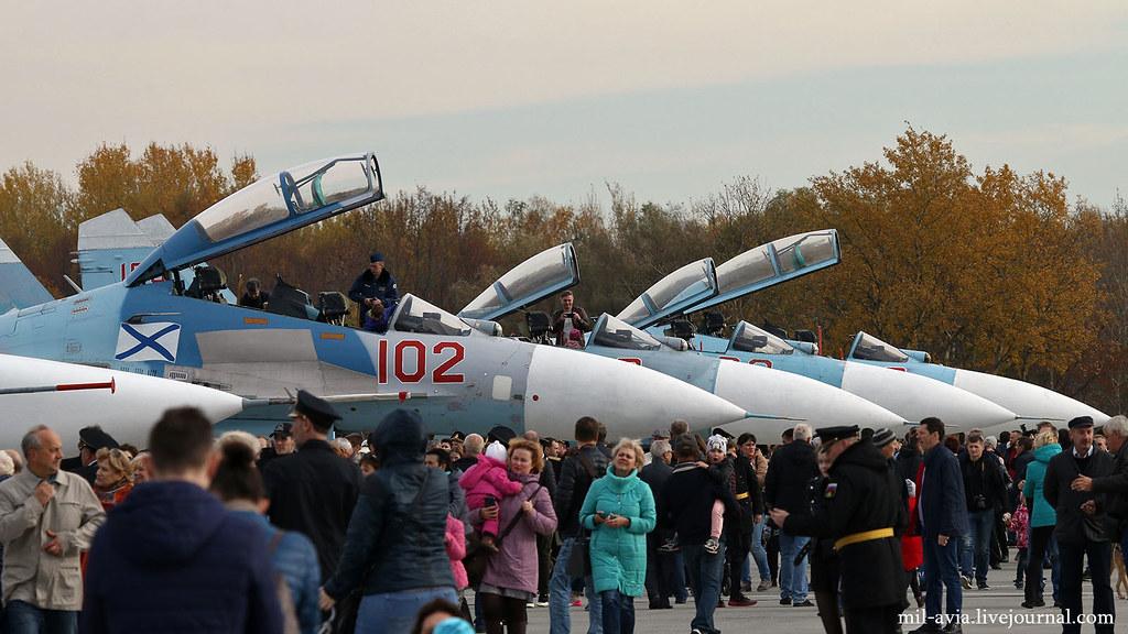Su-27 row