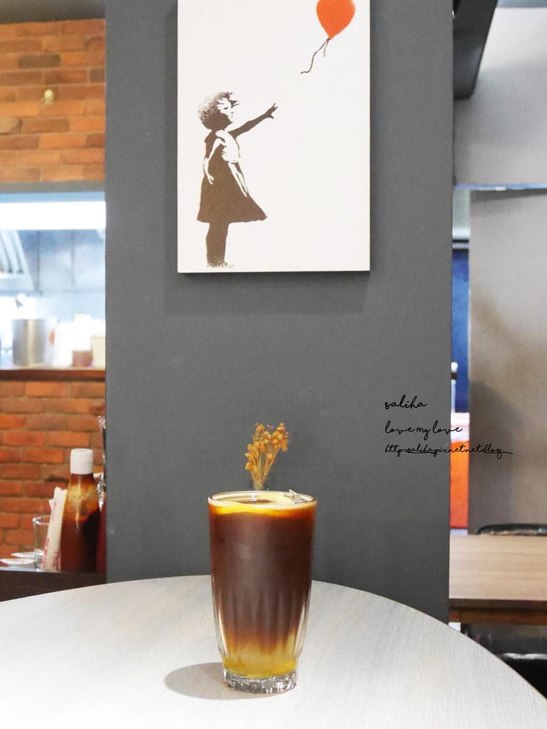 台北信義區HIVE巢餐廳晚餐約會法式藍帶甜點料理 (5)