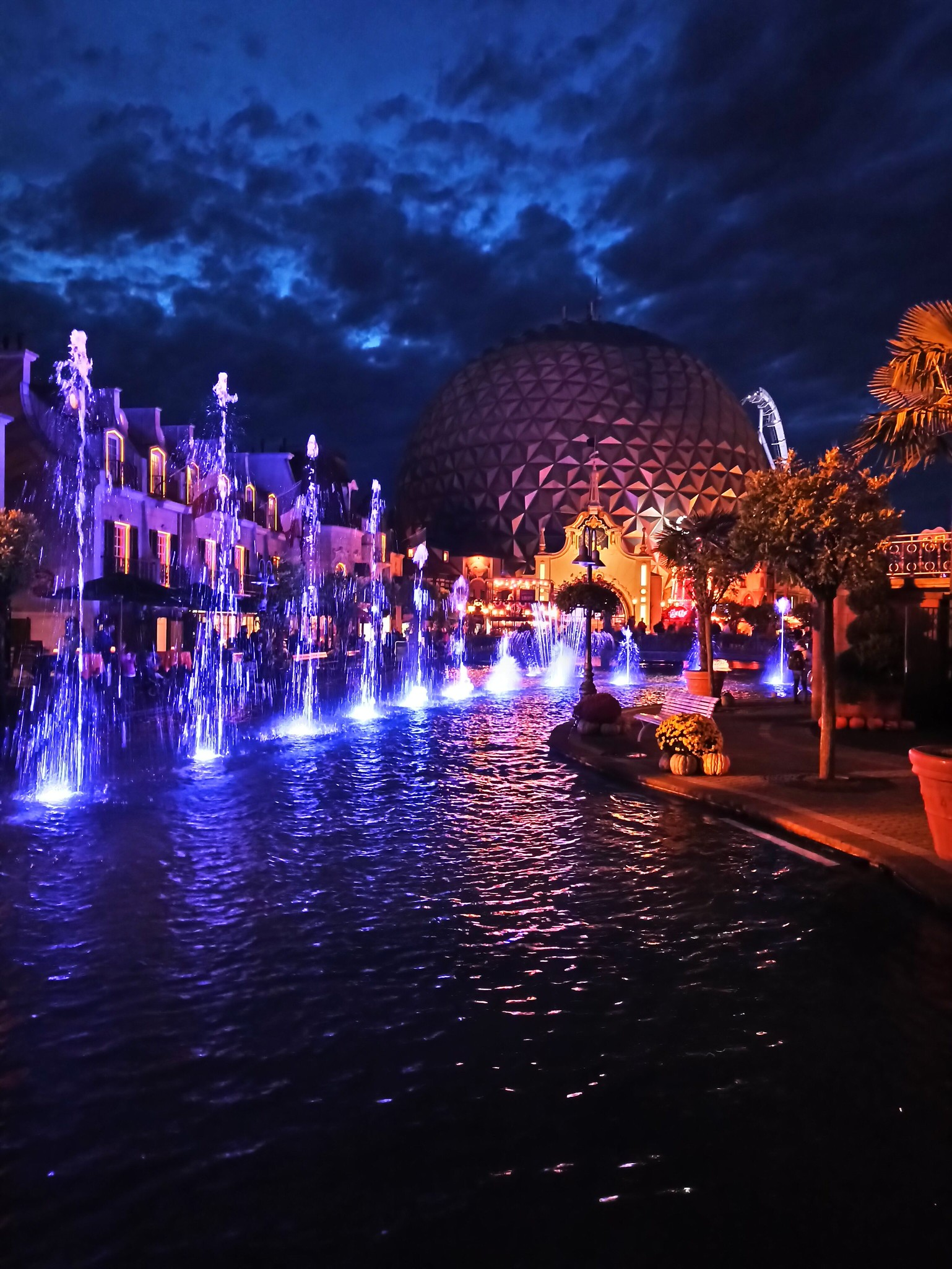 Europa Park at night