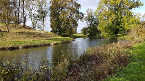 lyveden elizabethanwatergardens nationaltrust northamptonshire lyvedennewbield landscapes