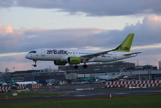 airBaltic YL-AAP DUB 20/10/19