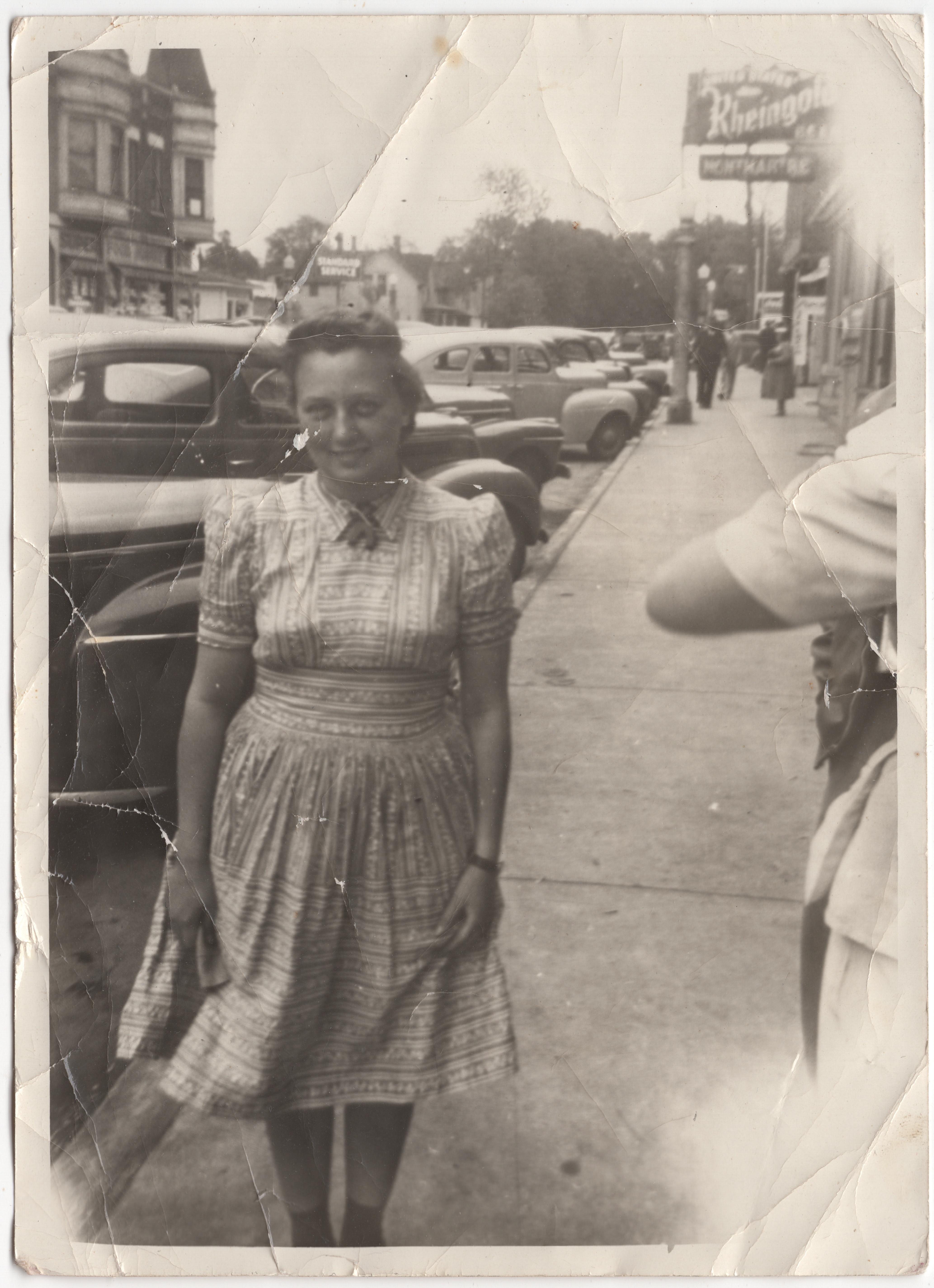 Kaiser_Millie_1940?_DeKalbStreets
