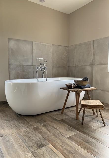 Ovaal bad landelijke badkamer boerderij