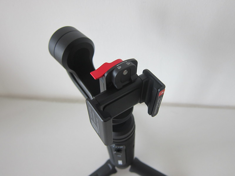 Zhiyun Smooth-Q2 - Phone Holder Attached