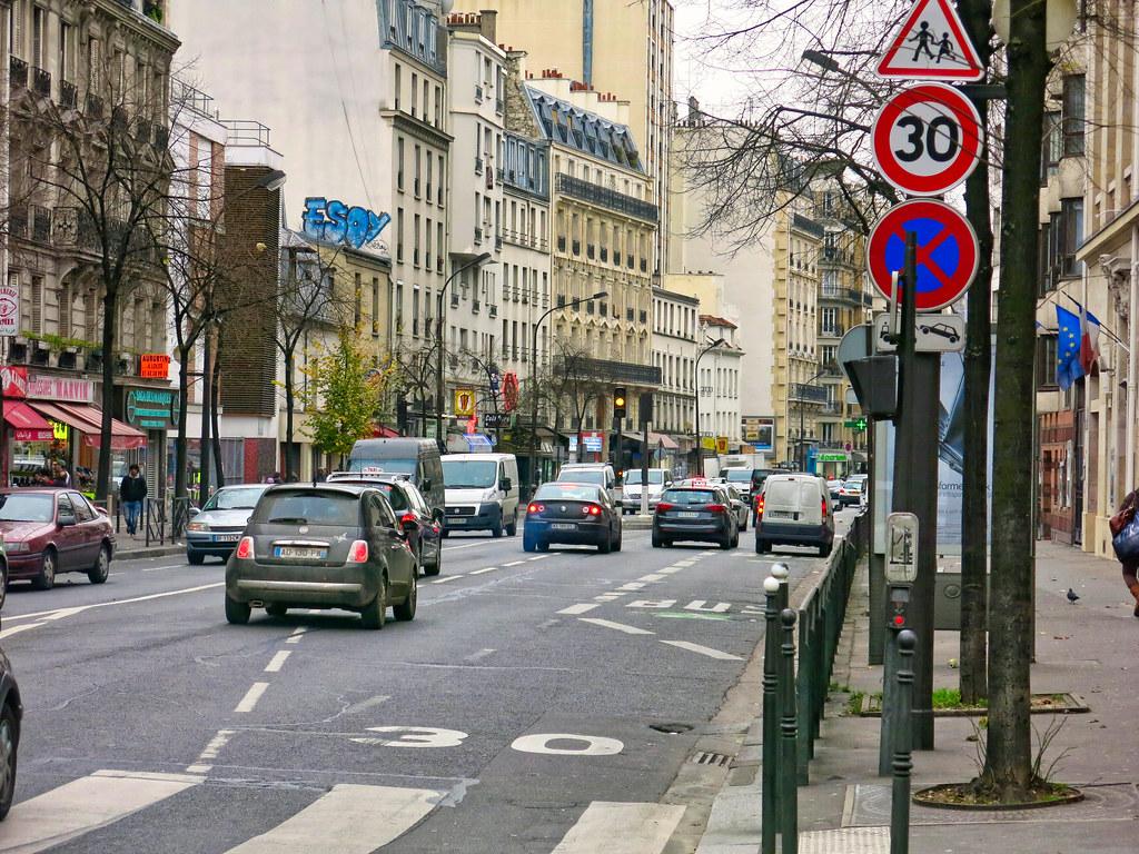 Paris 30 km-h devant les écoles 1 | A Paris, le 30 km/h est… | Flickr