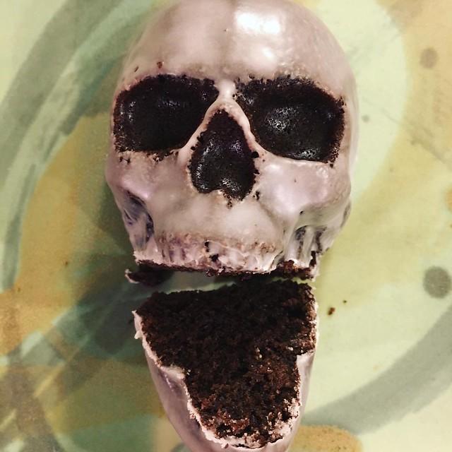 Skull Cakelet