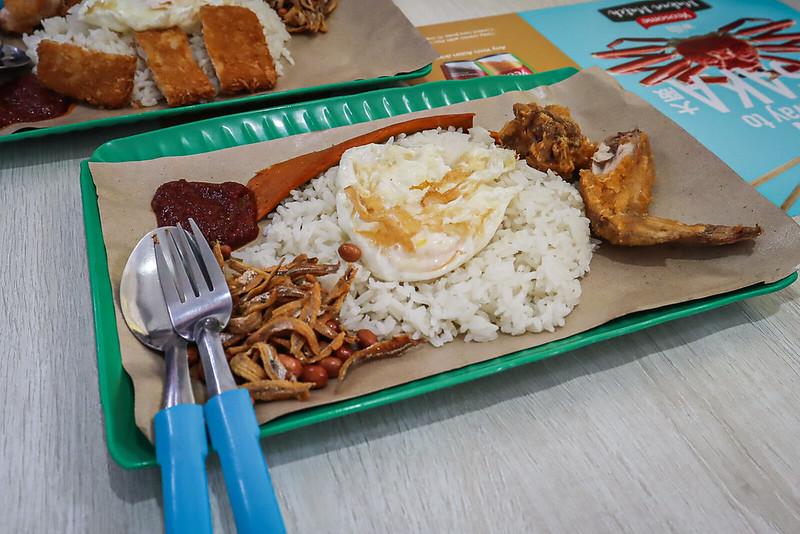 nasi lemak with otah