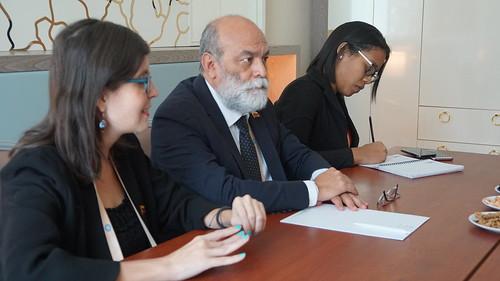 #FOTOS | Viceministro para Asia, Medio Oriente y Oceanía, Rubén Dario Molina, sostuvo un encuentro con el Director del Centro de Diversidad Cultural y DDHH del Mnoal, ubicado en Irán, Dr. Alí Pourghassab Amiri.