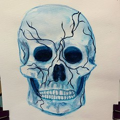 'Those vines will grow on just about anything!' Or alternatively: 'Not everybody can survive these vines.' I found painting a skull :skull: much harder than a face! #sketchbook #skull #imbluedabadeedabadie #painting #danielsmithwatercolors #moleskinewater