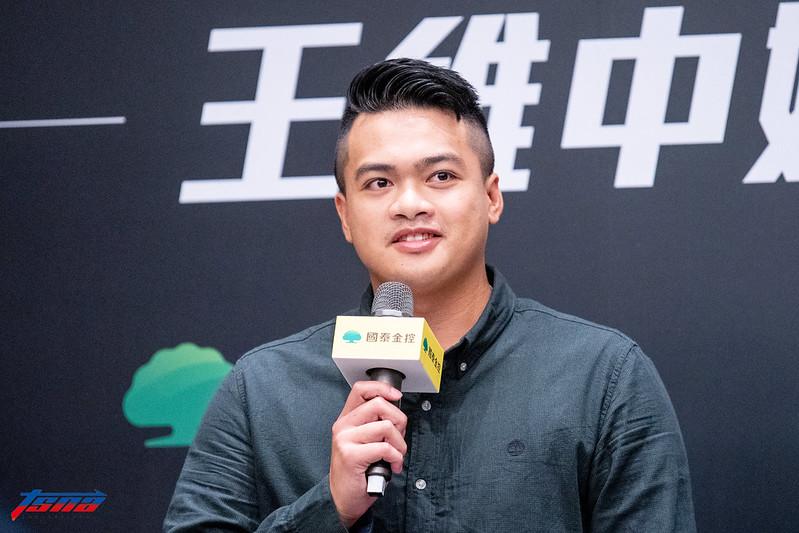 宋文華出席王維中返台記者會。(特派記者王啟恩現場拍攝)