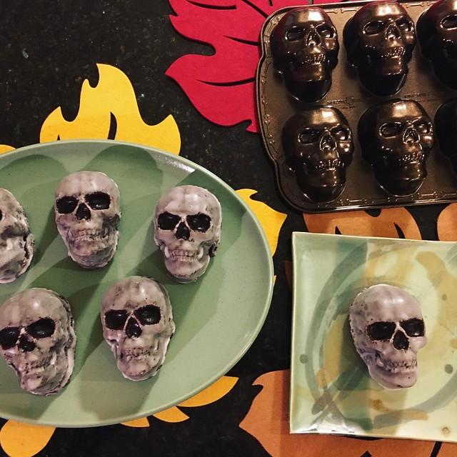 Skull Cakelets