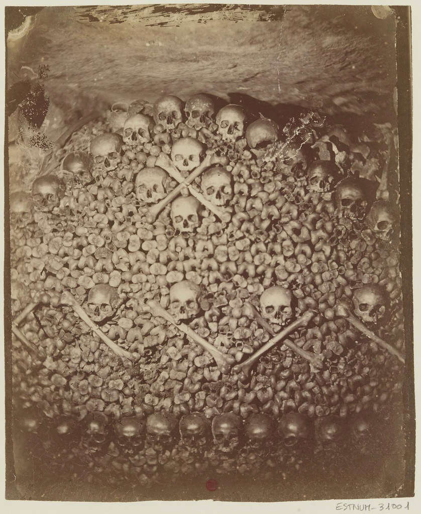 Paris Catacombs photographed by Nadar