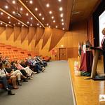 Ter, 22/10/2019 - 15:21 - A Escola Superior de Tecnologia da Saúde de Lisboa (ESTeSL-IPL) assinalou o inicio do ano letivo com uma Sessão Solene dedicada ao tema 'E-learning', que culminou com a apresentação do primeiro curso 'online, aberto e massivo', de 'Introdução à Epigenética'. A cerimónia decorreu no auditório da ESTeSL, no dia 22 de outubro de 2019, e contou com a presença de Elmano Margato, presidente do IPL, Maria Beatriz Roda, presidente da Associação de Estudantes da ESTeSL, Anabela Graça, presidente da ESTeSL, entre outros representantes e membros da comunidade académica do Politécnico de Lisboa.