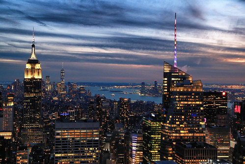 usa nyc newyorkcity manhattan sunset coucherdesoleil crépuscule dusk twilight urbanlandscape paysageurbain sky skyline skyscraper ciel gratteciel canonef24105mmf4lisusm canoneos6d bluehour heurebleue