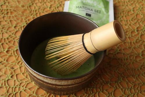 Zubereitung eines Matcha-Tees