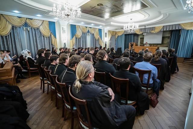 24 октября 2019, В семинарии прошла встреча с Николаем Бурляевым