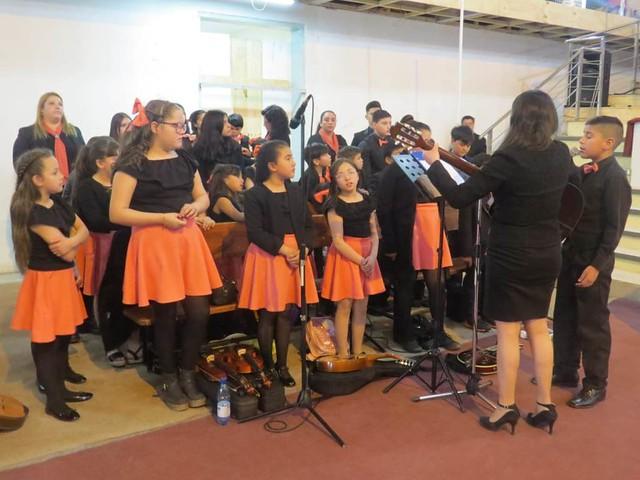 Servicio de Santa Cena en Iglesia La Portada