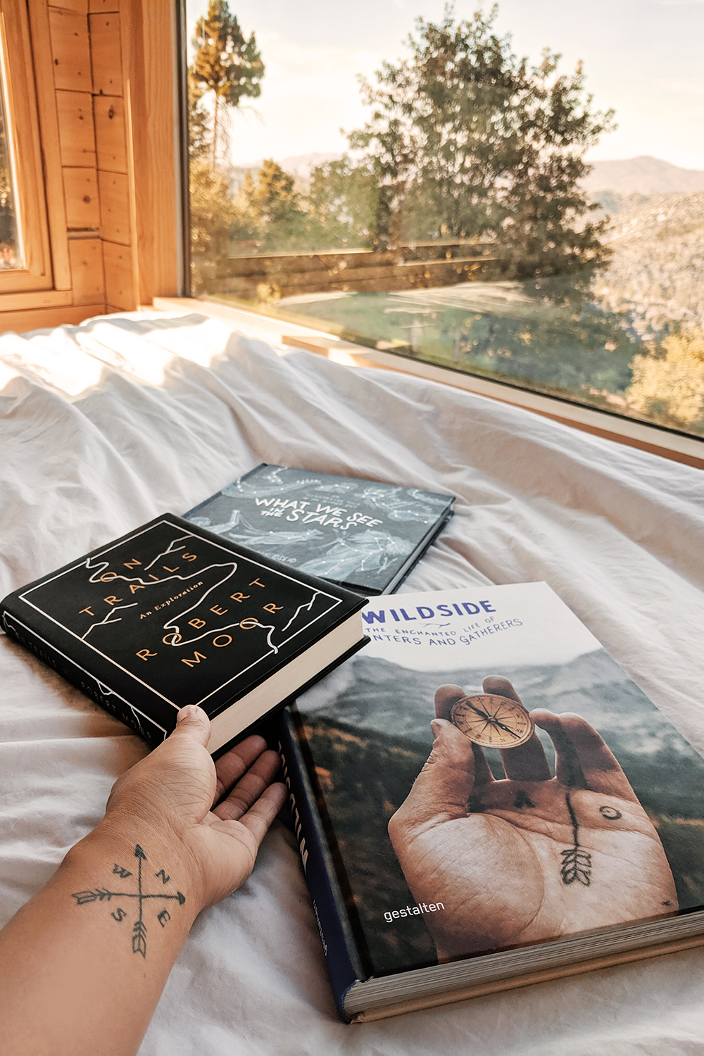 05getaway-bigbear-cabin-glamping-books-tattoos-travel