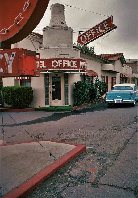 the FARRIS MOTEL office - 1970's Reno, NV - another photo from my archives