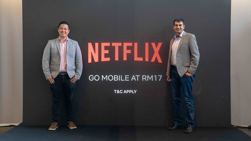 (L-R) Leigh Wong, Head Of Communications, Sea_ Ajay Arora, Director, Product Innovation