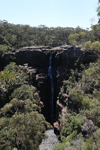 Carrington Falls | by vdroos