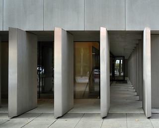 National Museum's Dialogue Centre / KWK Promes