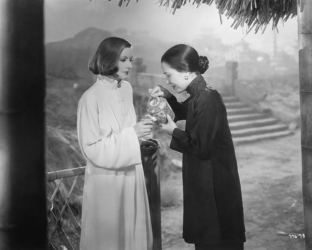 Greta Garbo & Soo Young in The Painted Veil 1934