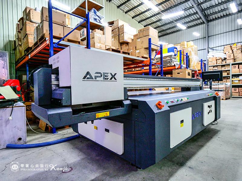 印刷設備展示-UV直噴機推薦