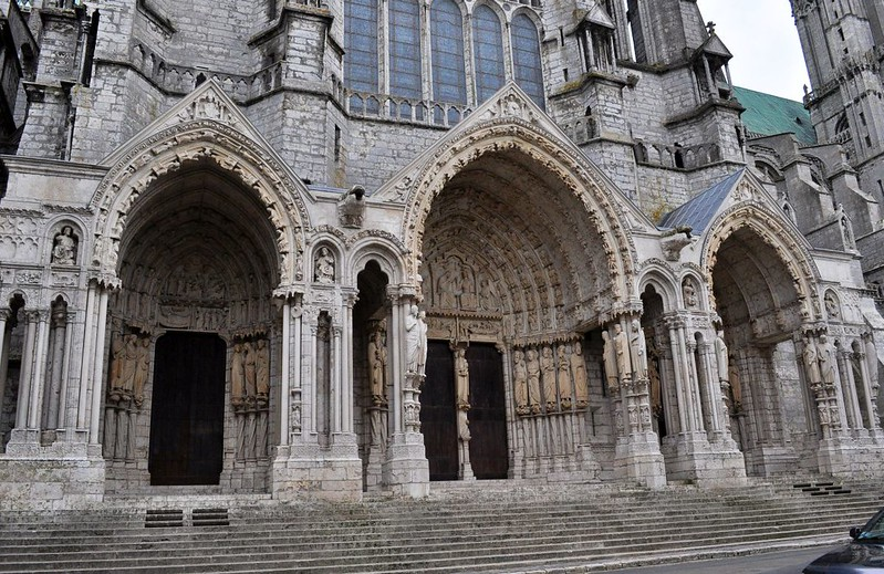 044 Северный портал собора