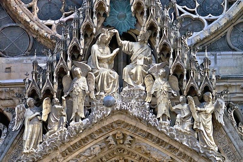 102 Коронация Богородицы , зап фасад XIII-XIV в